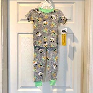 Disney Starwars Mandalorian Yoda Pajama Set